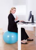 Ambiente de trabalho confortável Fotos de Stock Royalty Free