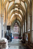Ambit z witrażem w studniach Katedralnych Obraz Stock