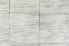 Ambiti di provenienza concreti della vecchia parete bianca del cemento strutturati Fotografie Stock