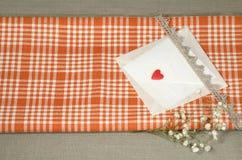 Ambiti di provenienza delle decorazioni di San Valentino per la cartolina d'auguri Fotografie Stock