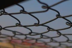 Ambiti di provenienza stridenti d'acciaio fotografia stock libera da diritti