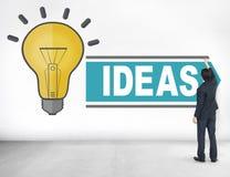 Ambitionidéer som tänker begrepp för innovationvisionstrategi arkivbilder