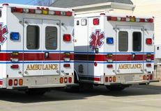 Ambulâncias gêmeas Fotos de Stock Royalty Free