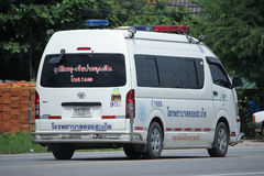Ambulance van of Doisaket hospital. CHIANGMAI, THAILAND -AUGUST 18 2016:  Ambulance van of Doisaket hospital.  On road no.1001, 8 km from Chiangmai city Royalty Free Stock Photos