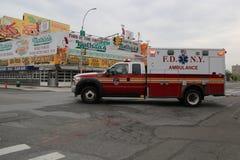 Ambulancia de FDNY en Brooklyn Imagen de archivo libre de regalías