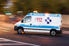 Ambulancia en la acción Imágenes de archivo libres de regalías