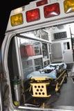 Ambulans med båren Royaltyfri Foto