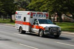 ambulansowy mknięcie Zdjęcia Stock
