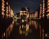 Amburgo alla notte Fotografie Stock