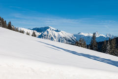 amden la zone près de l'hiver de la Suisse de ski de panorama Photos stock