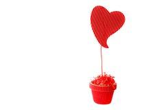 Ame el día del ` s de la tarjeta del día de San Valentín del corazón en el fondo blanco Imagen de archivo libre de regalías