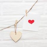 Ame a festão de madeira natural w dos Valentim do marrom escandinavo do sótão Fotografia de Stock