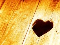Ame o coração na madeira Foto de Stock Royalty Free
