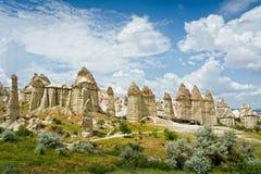Ame o vale em Cappadocia, Anatolia, Turquia Imagens de Stock Royalty Free