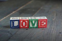 Ame os blocos de madeira Foto de Stock Royalty Free