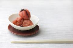 Ameixa japonesa/abricó ácidos Foto de Stock Royalty Free