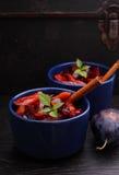 Ameixas cozidos Fotos de Stock