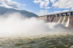 Central eléctrica hidroelétrico Fotos de Stock Royalty Free