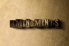 AMENDEMENTEN - close-up van grungy wijnoogst gezet woord op metaalachtergrond vector illustratie