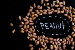 Amendoins completamente das proteínas e das gorduras Dieta e estilo de vida saudável Vista superior foto de stock