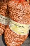 Amendoins de ebulição Fotografia de Stock