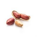 Amendoins isolados no branco Fotografia de Stock Royalty Free
