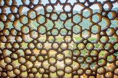Amer, Inde - 19 septembre 2017 : Fermez-vous d'un écran de marbre complexe en Amber Fort, près de Jaipur, le Ràjasthàn, Inde Photos stock