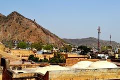 Amer-Stadt in den Vorbergen von aravali Bergen, Stadtrand Jaipur Rajasthan Indien Stockfotos