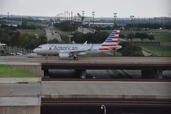American Airlines au Dallas-fort en valeur l'aéroport international dans le Texas Photos libres de droits