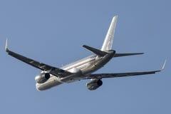 American Airlines Boeing 757-200 Royaltyfria Bilder