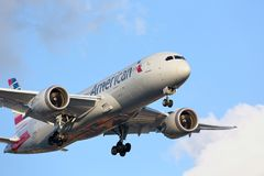 American Airlines Boeing arrives in Chicago royalty free stock photos