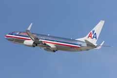 American Airlines Boeing 737 avions décolle de l'aéroport international de Los Angeles Image stock