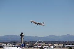 American Airlines Boeing 757-223 - possibilità remota con lo spazio della copia Fotografia Stock Libera da Diritti