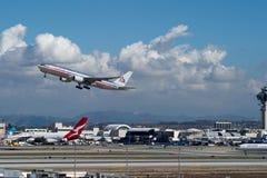 American Airlines echa en chorro sacando Fotos de archivo