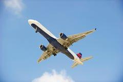 American Airlines Handlowy samolot Zdjęcia Stock