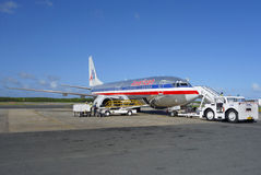 American Airlines hebluje przy Punta Cana lotniskiem międzynarodowym, republika dominikańska Fotografia Stock