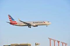 American Airlines reklamy pasażer samolotu odrzutowego Fotografia Stock