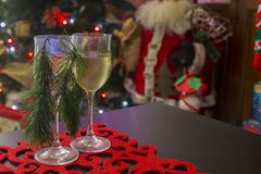 American Christmas placemat with two glasses of wine Royalty Free Stock Photos