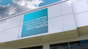 American Express-Logo auf der modernen Gebäudefassade Redaktionelle Wiedergabe 3D Lizenzfreie Stockfotografie