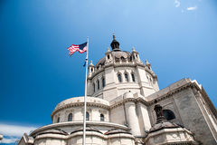 American Flag above the St. Paul Cathedral Stock Photos