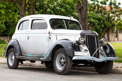 American Oldtimer in Cuba Stock Images