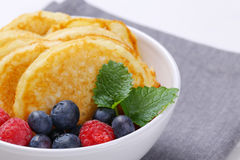 American pancakes with raspberries and blueberries Royalty Free Stock Images