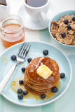 American pancakes with syrup and blueberry Stock Photography