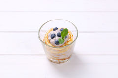 American pancakes with yogurt and blueberries Royalty Free Stock Photography