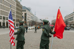 American and Soviet military claiming their rights. BERLIN, GERMANY - NOVEMBER 11: American and Soviet military claiming their rights in the Brandenburg gate on Royalty Free Stock Photography