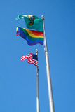 Americano, estado de bandeiras de Washington, e do orgulho alegre na brisa Imagens de Stock Royalty Free