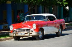 Americano idoso Chevrolet em Cuba fotografia de stock
