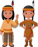 Americano indiano nativo dos pares dos desenhos animados com traje tradicional ilustração do vetor