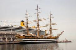 Amerigo Vespucci es una nave alta de la marina de guerra de Italia Imágenes de archivo libres de regalías