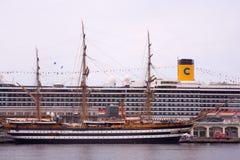 Amerigo Vespucci est un bateau grand de marine de l'Italie Images stock